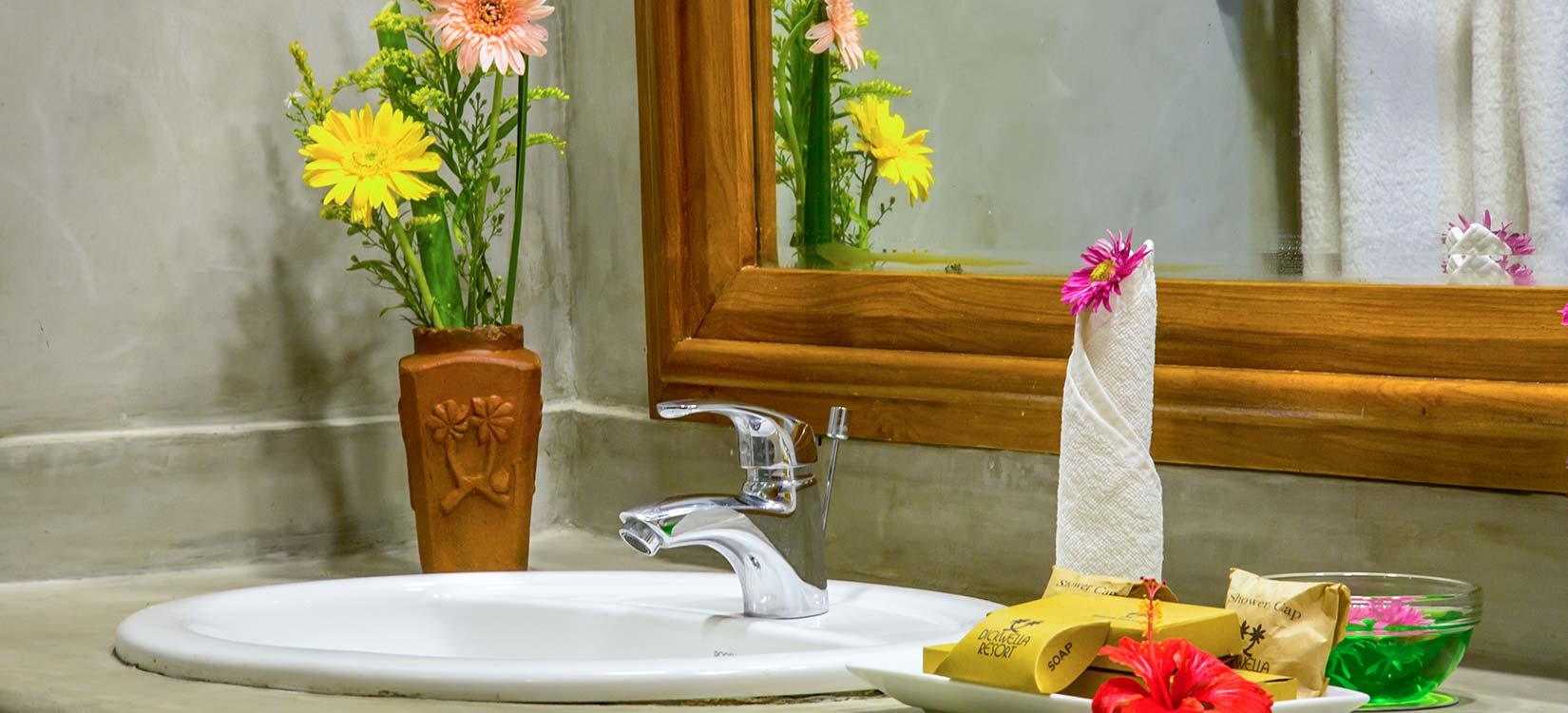 Dikwella Resort & Spa family room