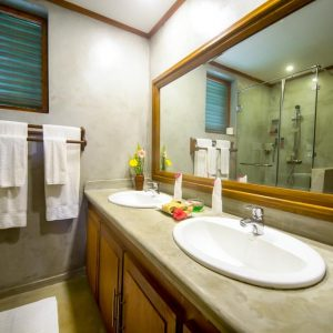 lla Resort superior room-min