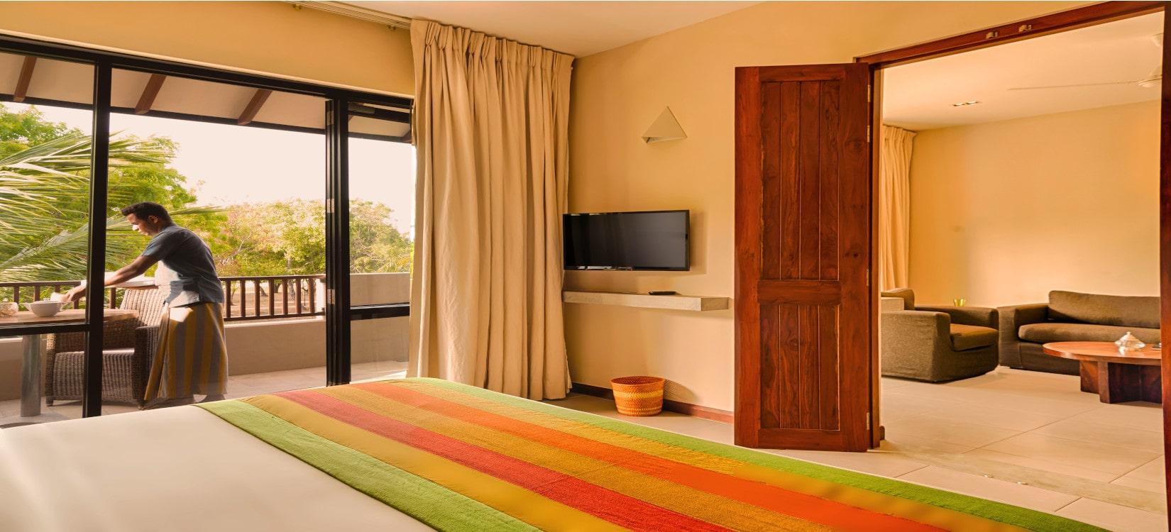 Sunrise Resort suite room-min