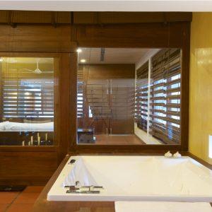 Thalahena Villas master room-min