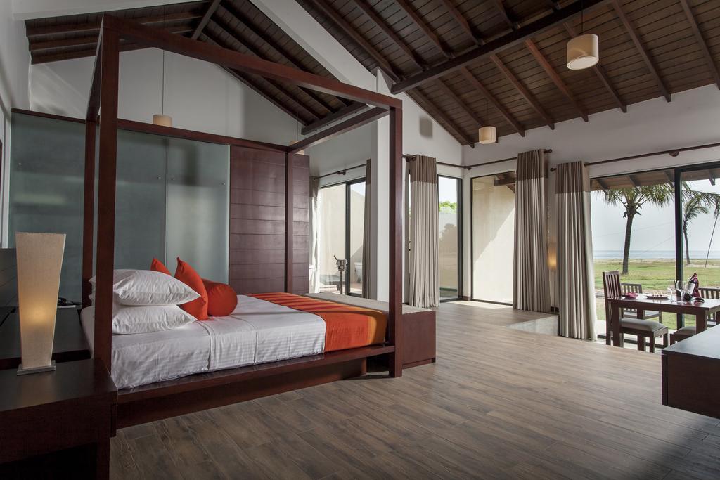 The Calm Resort suite