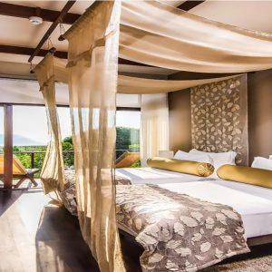 beach villa uga bay-min