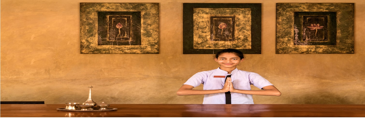 checking in Jetwing Ayurveda Palions-min