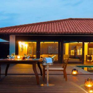 srilanka villa pool-min