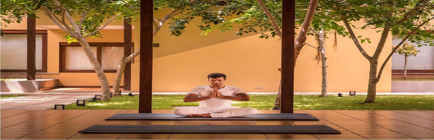 yoga holiday srilanka-min